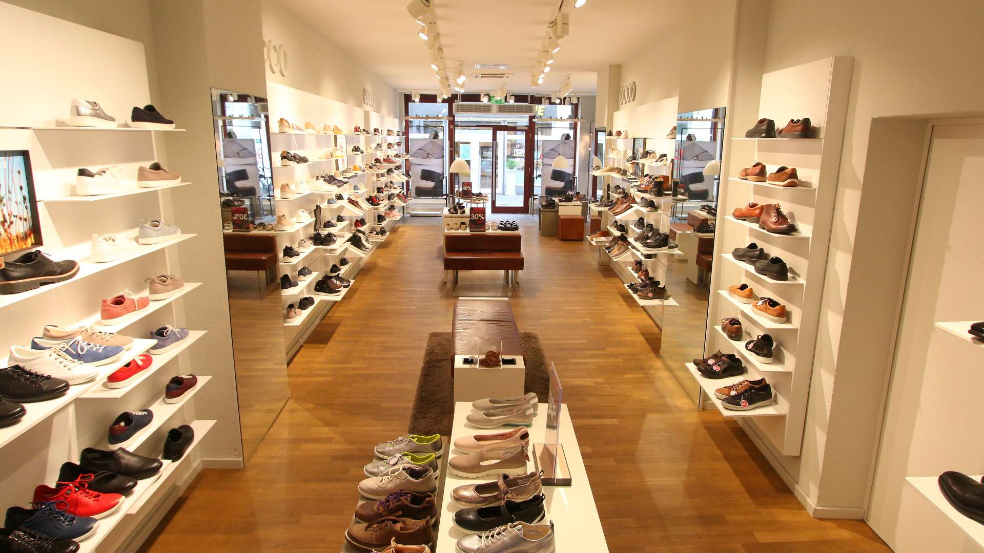 Ecco Store