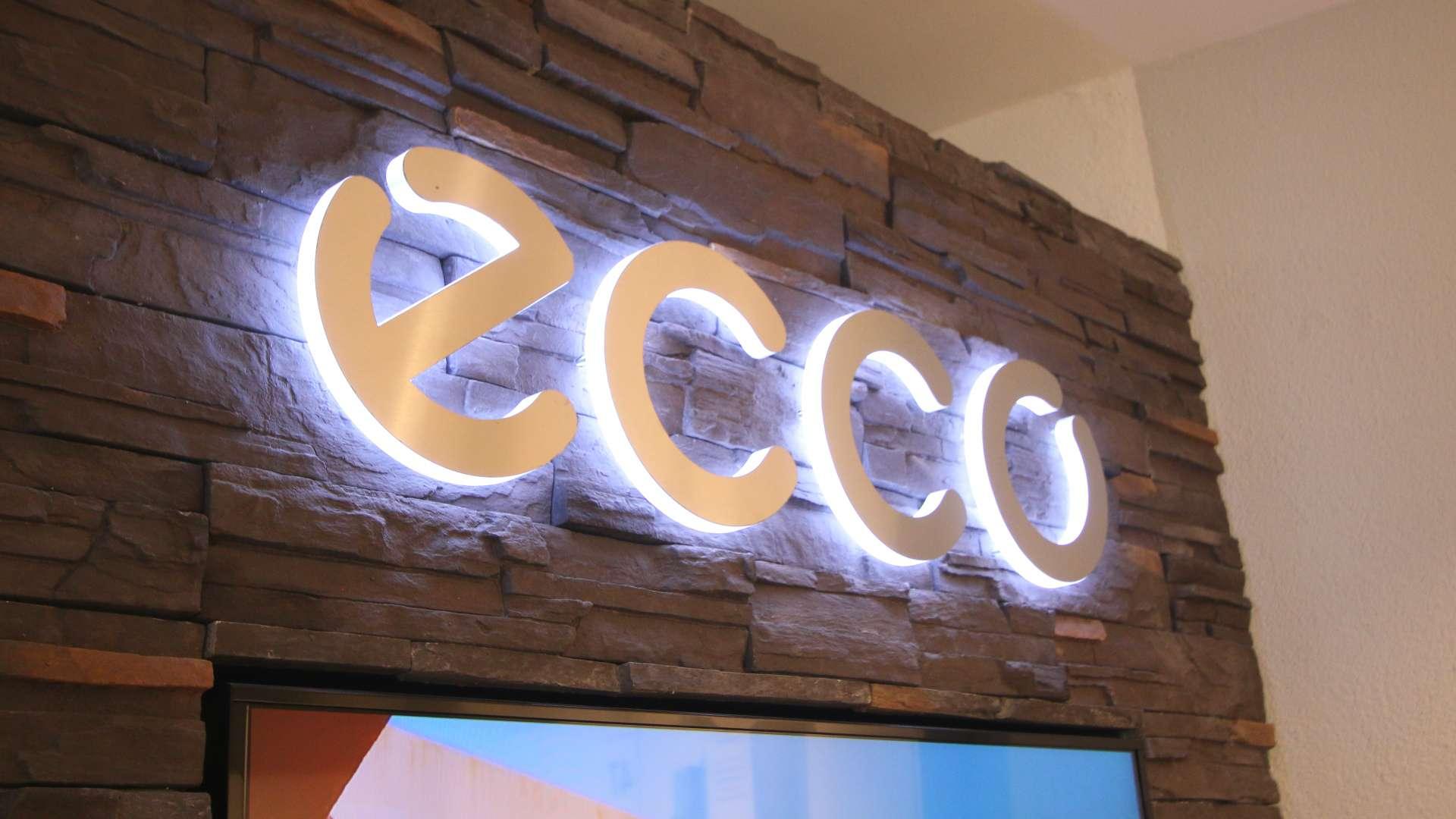beleuchtetes Ecco-Schild