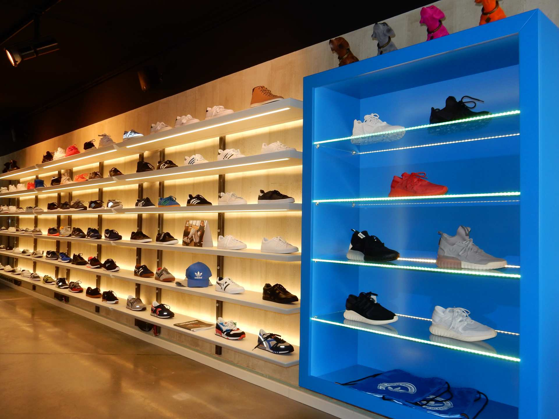 Jump Store Schuhregal